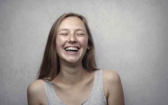 Descopera noul aparat dentar invizibil